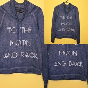 COMFORTABLE BLUE GRAPHIC PULLOVER SWEATER